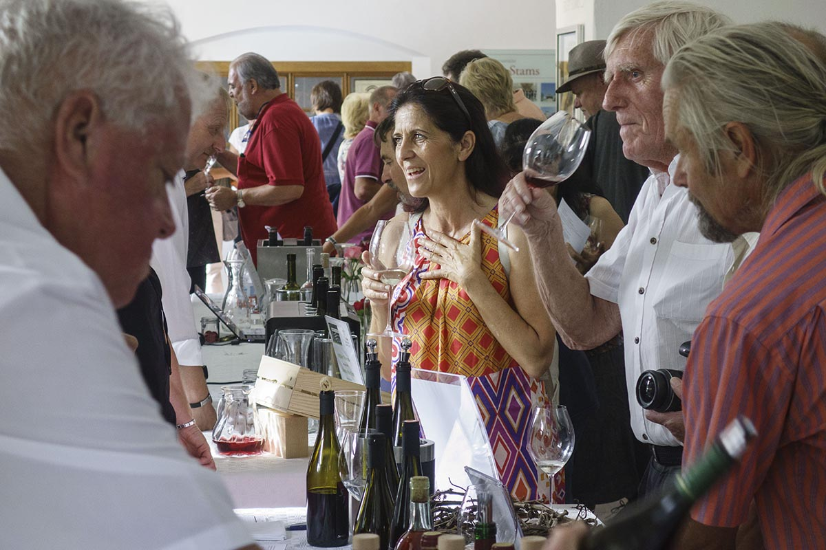 """Präsentation """"40 Weine aus Tirol"""" des Tiroler Weinbauverband im Stift Stams / Weinbau Tirol Winzer Präsentation Wein tirolwein.at / Foto: Thomas Böhm Photographie Imst 2019 06 15 ( boehm )"""